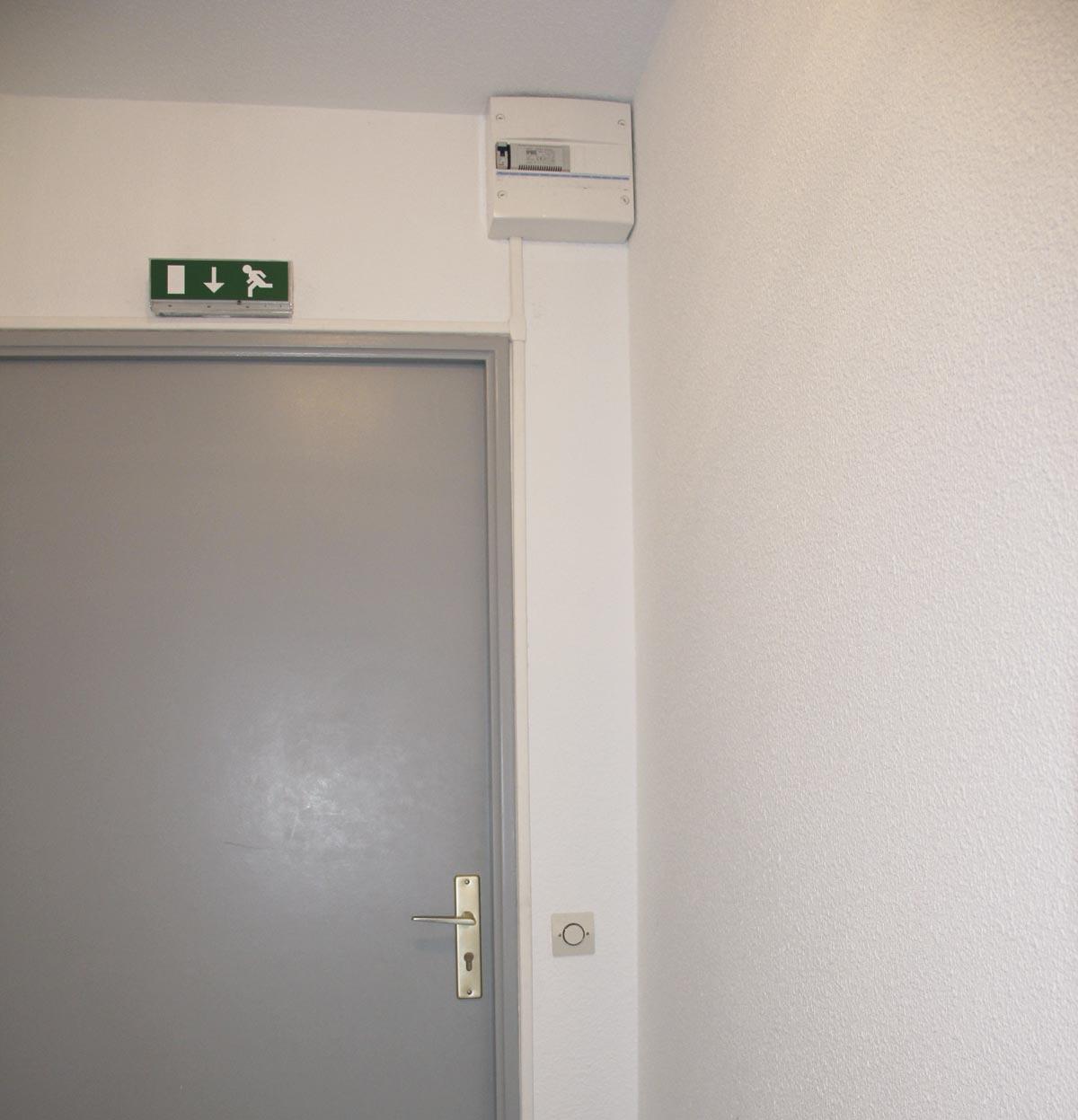 Dimelec installation contrôle accès vigik escaliers immeuble partie commune résidence Bordeaux Tableau électrique neuf mise aux normes